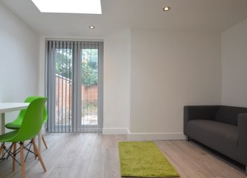 Thumbnail 1 bed flat to rent in London Road, Leicester