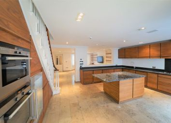 Thumbnail 5 bed terraced house to rent in Alma Square, London