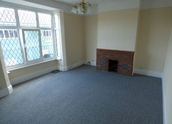 Thumbnail 2 bed flat to rent in Wellowgate, Grimsby