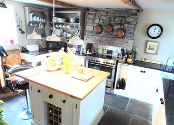 Thumbnail 3 bed cottage to rent in Paris, Scholes, Holmfirth
