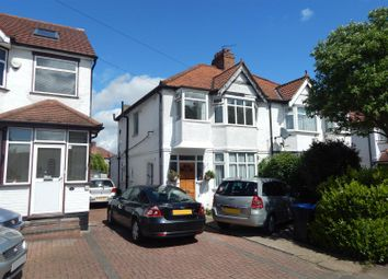 Thumbnail 1 bed flat to rent in Reeves Avenue, London