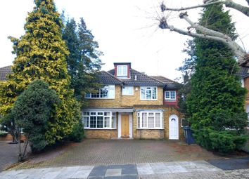 Thumbnail 6 bed property to rent in Fitzalan Road, Finchley