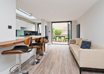 Thumbnail 1 bed terraced house for sale in Victoria Way, Charlton