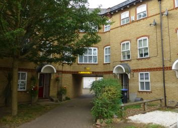 Thumbnail 1 bed flat to rent in Chamberlayne Avenue, Wembley