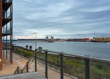 Centenary Quay, John Thorney Croft Road, Southampton SO19. 1 bed flat for sale