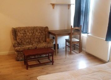 Room to rent in 181 High Road Leyton, London E15