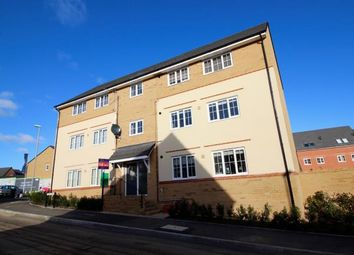 Thumbnail 1 bed flat for sale in Linnet Way, Keynsham, Bristol