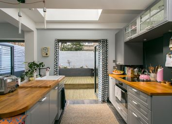 Thumbnail 2 bed flat to rent in Bowood Road, London