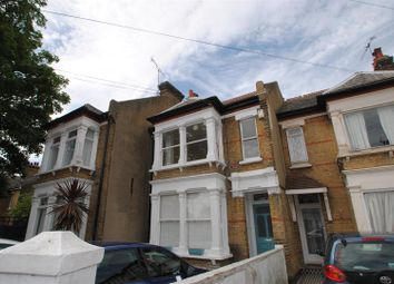 Thumbnail 2 bed flat to rent in Avenue Road, Westcliff-On-Sea