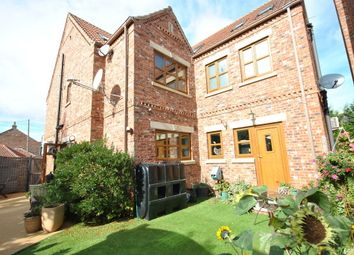 Thumbnail 6 bed detached house to rent in Braithwaite, Doncaster