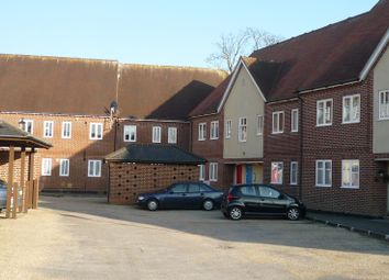 Thumbnail 2 bed flat to rent in Peter Weston Place, Chichester