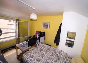 Thumbnail 4 bed flat to rent in Denmark Street, Bristol
