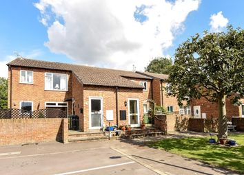 Thumbnail 2 bed maisonette for sale in Sadlers Court, North Abingdon