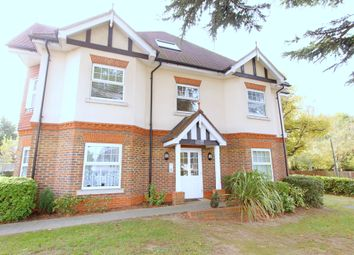 Thumbnail 2 bed flat to rent in Rosebery Road, Cheam