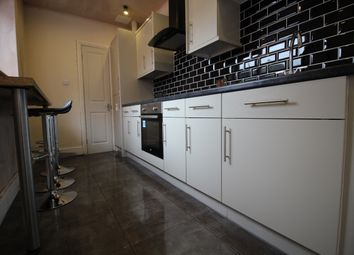 Thumbnail 5 bedroom town house to rent in Beaconsfield Road, Narborough Road, Leicester