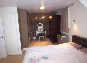 Thumbnail 4 bed end terrace house to rent in Drew House Walk, Surrey Quays
