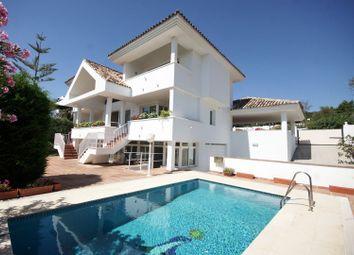Thumbnail 3 bed villa for sale in Spain, Andalucia, Benahavis, Ww1036