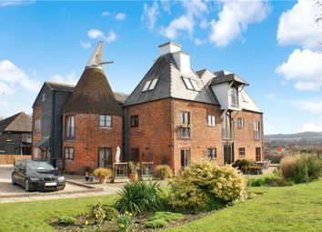 Thumbnail 3 bed flat for sale in Brewers Gold, Harville Road, Wye, Kent