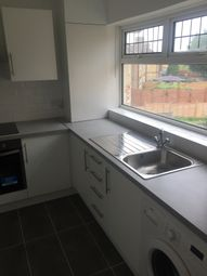 2 bed flat to rent in Sweet Briar Grove, London N9