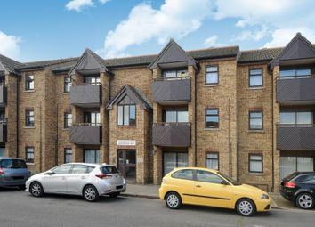 Thumbnail 2 bedroom flat for sale in Hawthorne Way, Staines-Upon-Thames