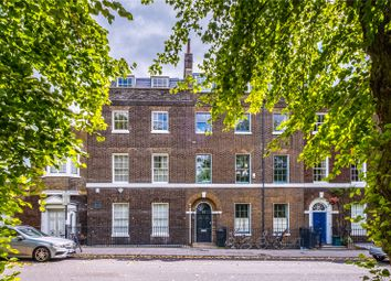 Highbury Place, London N5. 2 bed flat for sale