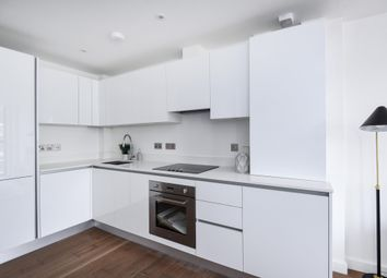 Thumbnail Flat to rent in Colin Road, London