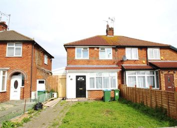 3 bed property to rent in Townsend Piece, Bicester Road, Aylesbury HP19