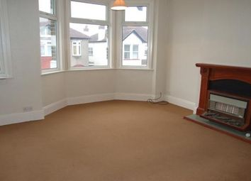 Thumbnail 1 bedroom flat to rent in Fairleigh Drive, Leigh-On-Sea