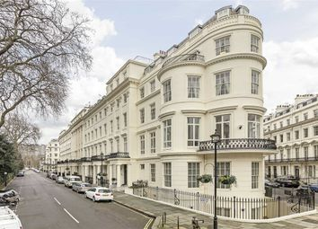 Thumbnail 3 bed flat to rent in Gloucester Square, London