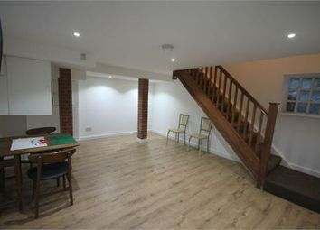 Thumbnail 5 bed terraced house to rent in Weetwood Lane, Leeds