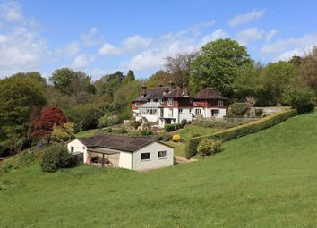 Thumbnail 6 bedroom detached house to rent in Pains Hill, Oxted
