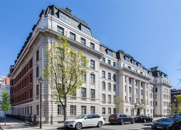 Thumbnail 3 bedroom flat for sale in Mansfield Street, London