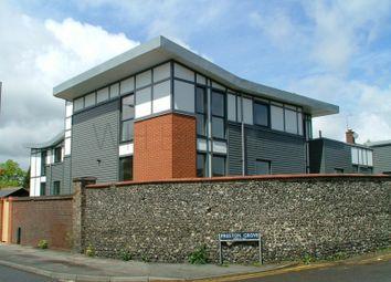 Thumbnail 2 bedroom flat to rent in Preston Grove, Faversham
