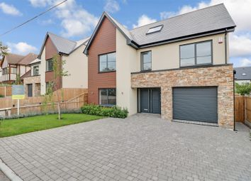 Rayleigh Avenue, Leigh-On-Sea SS9. 6 bed detached house