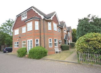 Thumbnail 2 bedroom flat for sale in The Gables, 22 Gables Close, Slough