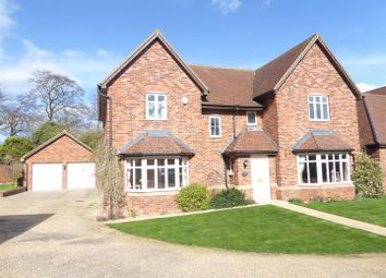 Thumbnail 5 bedroom detached house for sale in Lancot Place, Dunstable