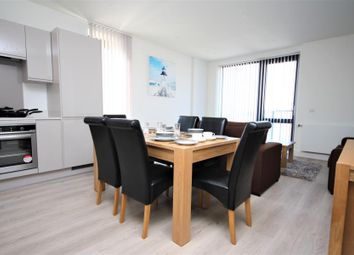 Thumbnail 2 bed flat to rent in Glass Blowers House, Canary Wharf