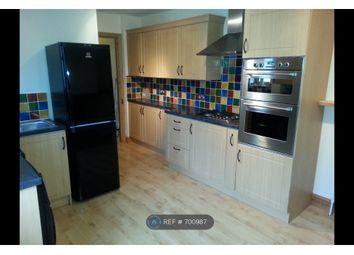 Thumbnail 2 bed flat to rent in Cambridge Road, Aldershot