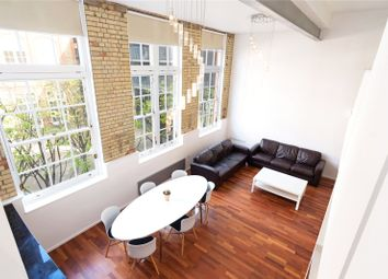 2 bed property to rent in Clark Street, Stepney, London E1