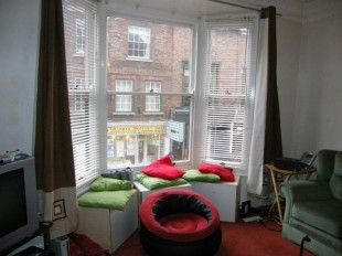 Thumbnail 3 bed flat to rent in Gillygate, York