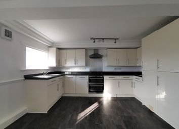 2 bed flat to rent in Crooms Hill, London SE10