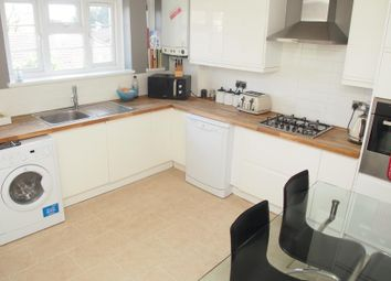 Thumbnail 3 bedroom maisonette to rent in Firs Lane, Palmers Green