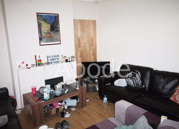 Thumbnail 4 bed property to rent in Spring Grove Walk, Leeds, West Yorkshire