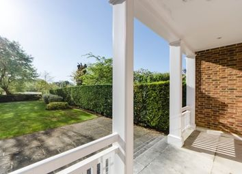 Thumbnail 6 bed property to rent in Redcliffe Gardens, Chiswick