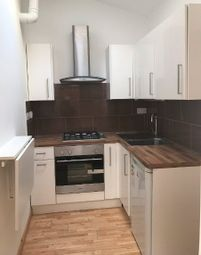 Thumbnail 1 bed flat to rent in Crouch Hill, Finsbury Park Crouch End, London