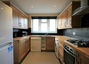 3 bed semi-detached house to rent in Farady Close, Caledonian N7