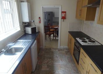 Thumbnail 5 bedroom terraced house to rent in Kimbolton Avenue, Nottingham