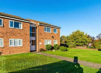 Thumbnail 2 bed flat for sale in Hertford Road, Hoddesdon, Hertfordshire