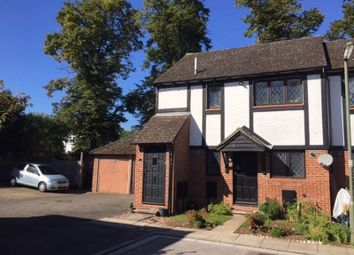 Thumbnail 1 bed flat to rent in Kings Chase, East Molesey