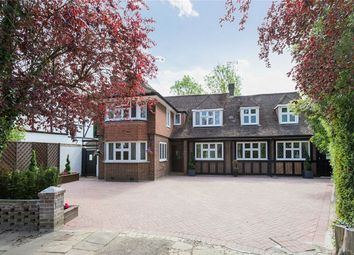 Thumbnail 6 bed detached house to rent in Cavendish Drive, Edgware, Middlesex